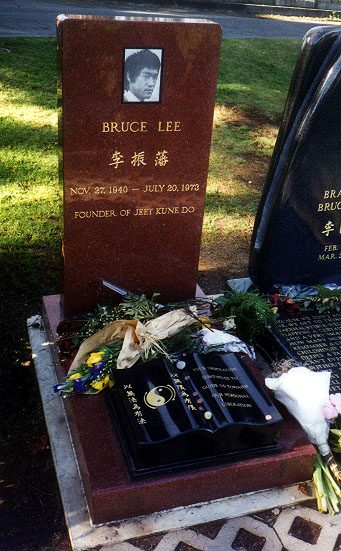 Menguak Misteri Kematian Bruce Lee